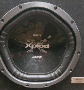 Сабвуфер Sony Xplod1000 с усилителем  в комплекте
