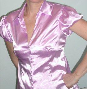 Атласная розовая блузка