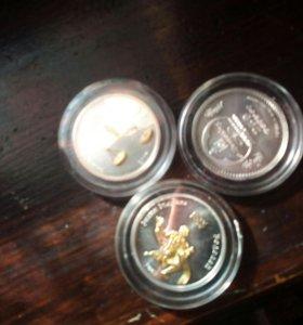 Монеты банка серебро с позолотой