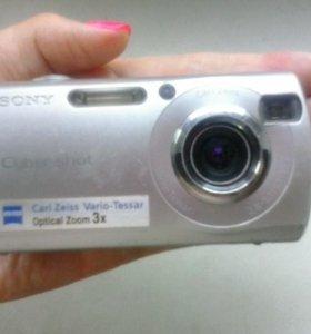 Фотоаппарат Sony DSC-S40