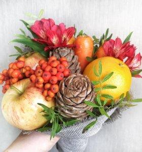 "Букет из фруктов и цветов ""Краски осени"""