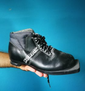 Ботинки лыжные 37р бу