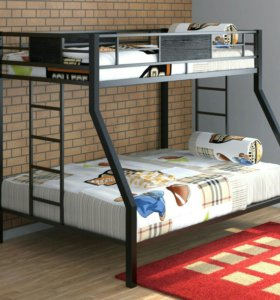 Кровать двухъярусная металическая