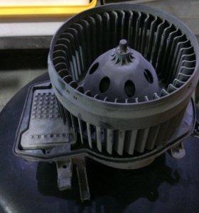 Мотор печки Mercedes w203