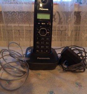 Домашний телефон Панасоник новый