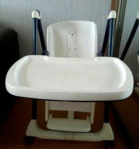Столик для кормления детей