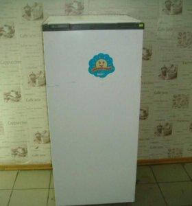 Холодильник Snaige-15