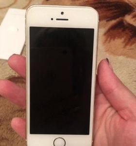 Продам iPhone 5 s на 16 Gb золотой