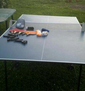 Теннисный стол с сетками,ракетками,мячиками