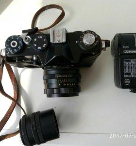 Фотоаппарат Зенит ттл,фотовспышка,кольца для макро