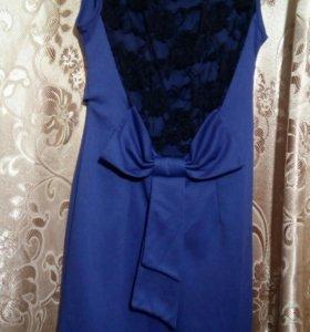 Нарядное платье р.42-44