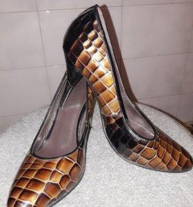 Туфельки женские