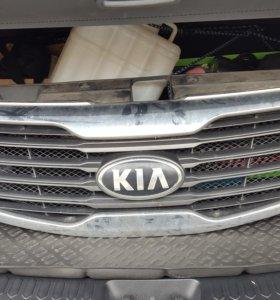 Решетка радиатора для KIA Sportage 3 10-14 г.