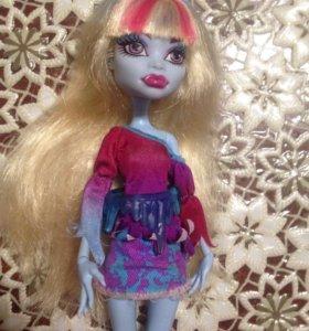 Кукла монстр хай Эби Боминейбл
