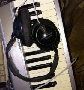 Студийные наушники Audio-technica