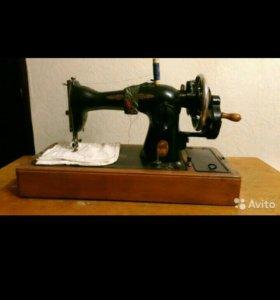 Швейная машинка Подольск ручной