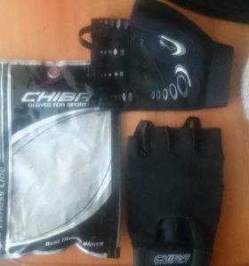 Перчатки для спорт зала