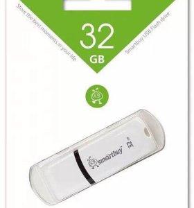 Флешки и карты памяти 32 Гб
