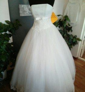 Платье. Выпускной/Свадьба.Новое