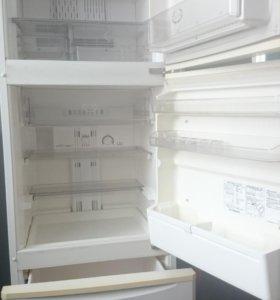Двухкамерный холодильник Sharp SJ-28VG-w