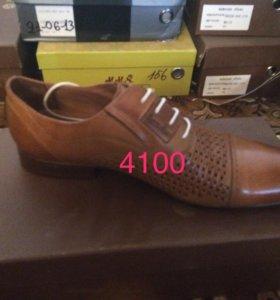 новые.мужские туфли