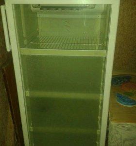 Витринный холодильник