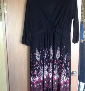 Красивое платье 50р