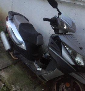 Скутер нирвана 2011 г .