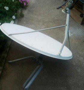 Спутниковая тарелка большая