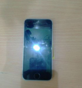 Apple iPhone 5s 16Gb.