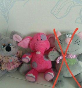 Мягкие игрушки (слонёнок, котик, мышка, гномик)