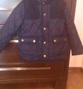 Куртка тёмно синего цвета. Рост 104 см. Фирма ZARA