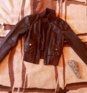 Куртка из искусственной кожи oodji