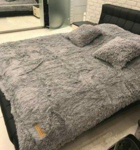 Меховые пледы/покрывала и подушки