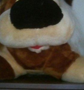 Продам игрушку большую собаку