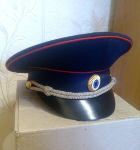 Фуражка полицейская новая (57 размер)