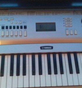 Синтезатор YAMAHA DGX 230