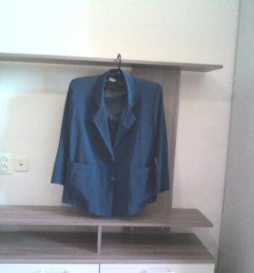 Пиджак(шелк, цвет-темно-зеленый)