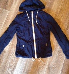 Куртка новая ostin S