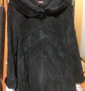 Куртка из велюра с капюшоном