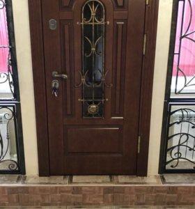 Парадные двери в дом от производителя
