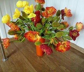 Букет интерьерный.25 маков+ваза.