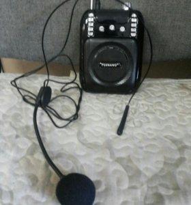 Радиоприемник с юсб  микр сд с микрофоном новый