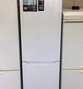 Холодильник Hp ariston. Full NoFrost