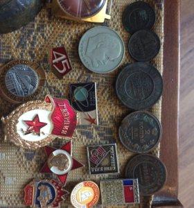 Монеты значки