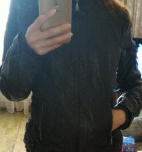 Куртка кожаная р. 44-46