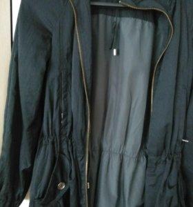 Женская куртка - ветровка