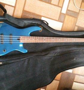 Бас гитара Yamaha