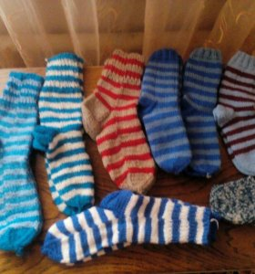 Носки вязаные ручной работы.