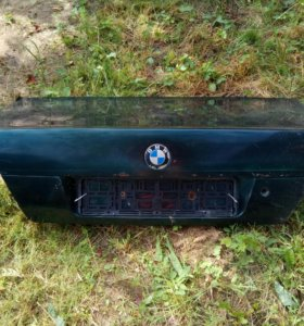 Крышка багажника BMW E38